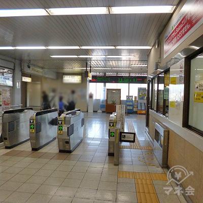 JR東海道本線の富士駅にて下車します。改札口は1箇所しかありません。