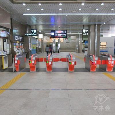 JR筑肥線姪浜駅改札(1つのみ)を出ます。