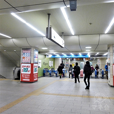 小田急線の改札口です。