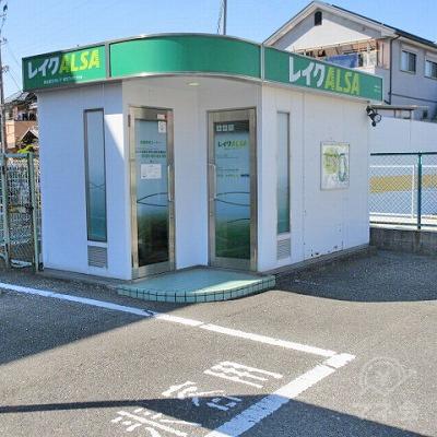 レイクALSA来客用駐車場があります。