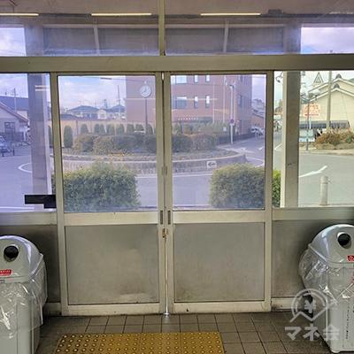 JR武豊線の東浦駅の出口です。