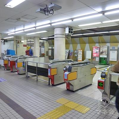 大阪メトロ谷町線・喜連瓜破駅の改札口です。改札はここ1ヶ所のみです。