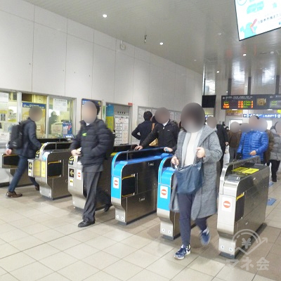 JR大和路線・おおさか東線 久宝寺駅改札です(1ヶ所のみ)