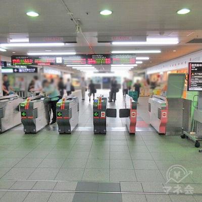 JR九州小倉駅3階改札口を出ます。
