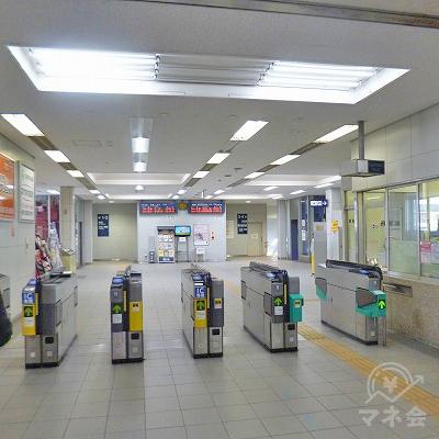 名鉄犬山線の西春駅にて下車します。改札口は1つしかありません。