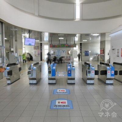 JR東海道本線南草津駅改札(1つのみ)を出ます。