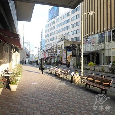 左に進むと駒沢通りです。