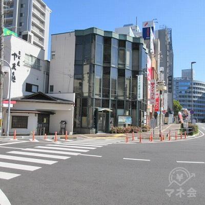 再度、横断歩道を渡り滋賀県行政書士会館方向へ進みます。