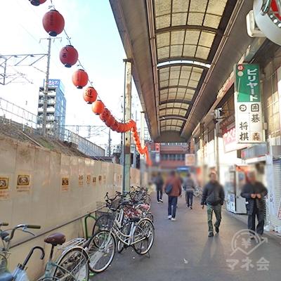 引き続き大阪環状線沿いを進みます。