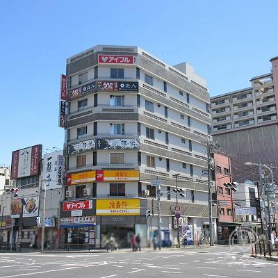 建物全景です。