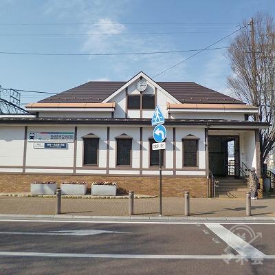 名鉄各務原線の各務原市役所前駅にて下車します。