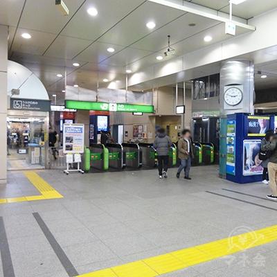 JR中央線高円寺駅の改札口です。