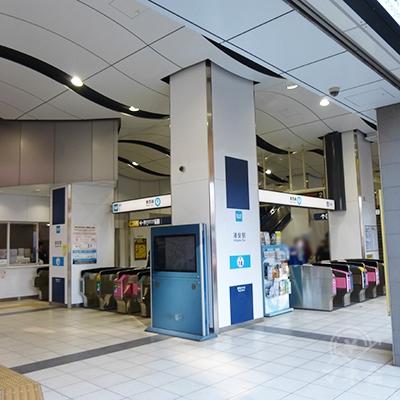 東京メトロ東西線浦安駅の改札口です。