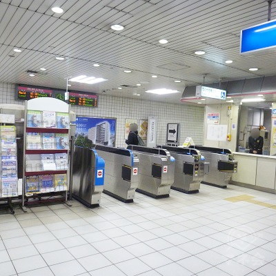 JR東西線・海老江駅の改札口(1ヶ所のみ)です。