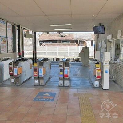 近鉄南飯坂線高見ノ里駅の改札(1つのみ)を出ます。